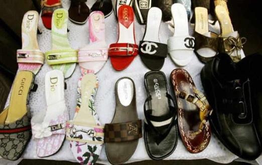 5b8ed7016a704 Chiny, Hong Kong, Singapur czy Turcja uważane są za światowe centra podróbek  luksusowych towarów. Jeżeli sprzedawca posługuje się wyłącznie zdjęciami z  ...